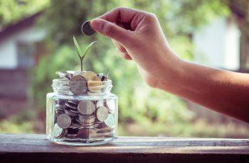 Autor em tempo integral: a escrita como fonte de renda